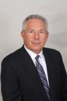 Male Irvine pulmonologist headshot